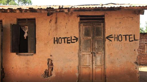 DANNO DA VACANZA ROVINATA – HOTEL SPORCO E DISSERVIZI